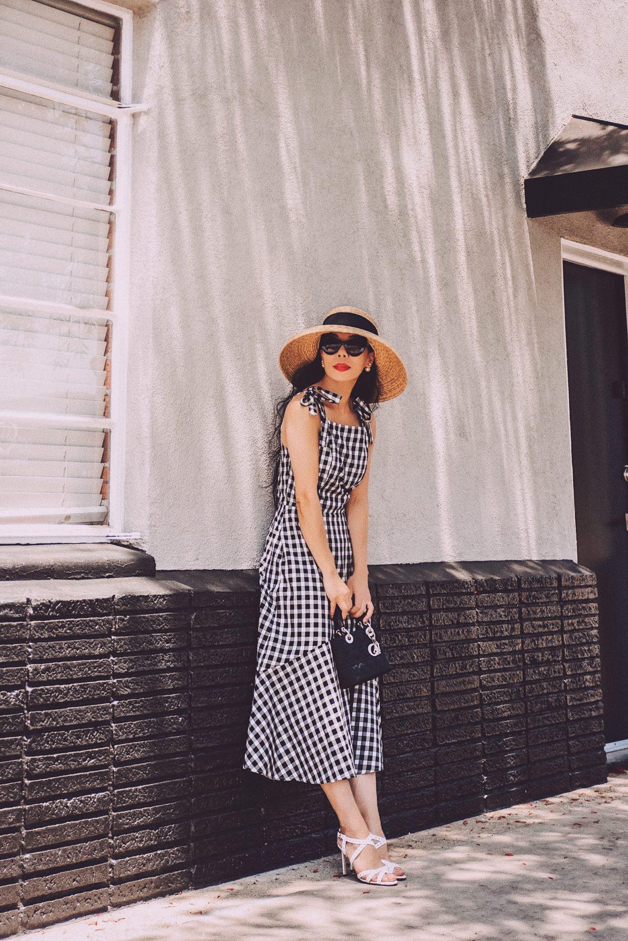 Mũ cói chống nắng được các quý cô Châu Á sử dụng làm phụ kiện sống ảo trong street style tuần này - Ảnh 13.