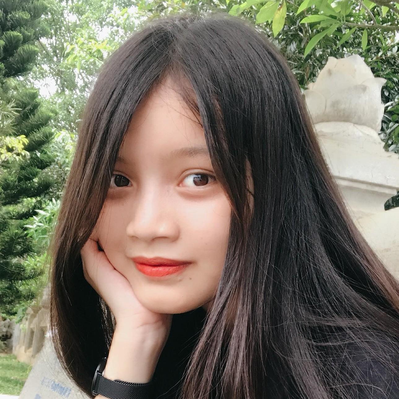 Cô bạn Hà Tĩnh nhận học bổng du học 13 trường tại Mỹ: Bất cứ ngành nghề gì đàn ông làm được thì phụ nữ cũng có thể! - Ảnh 1.