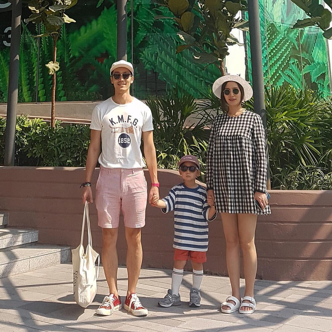 Thêm một cặp bố con Hàn Quốc làm dân tình ngây ngất: Ăn mặc thì chất, lại còn đẹp trai! - Ảnh 1.