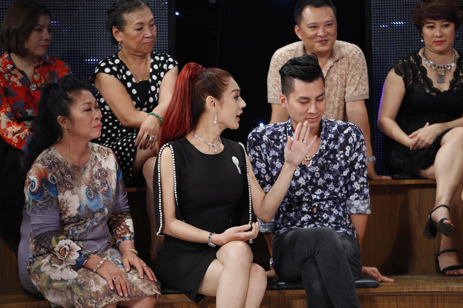 Bị Lâm Khánh Chi nhận xét là ích kỷ, Tú Vi khẳng định chỉ khi có con mới hiểu cảm giác trầm cảm ra sao - Ảnh 5.
