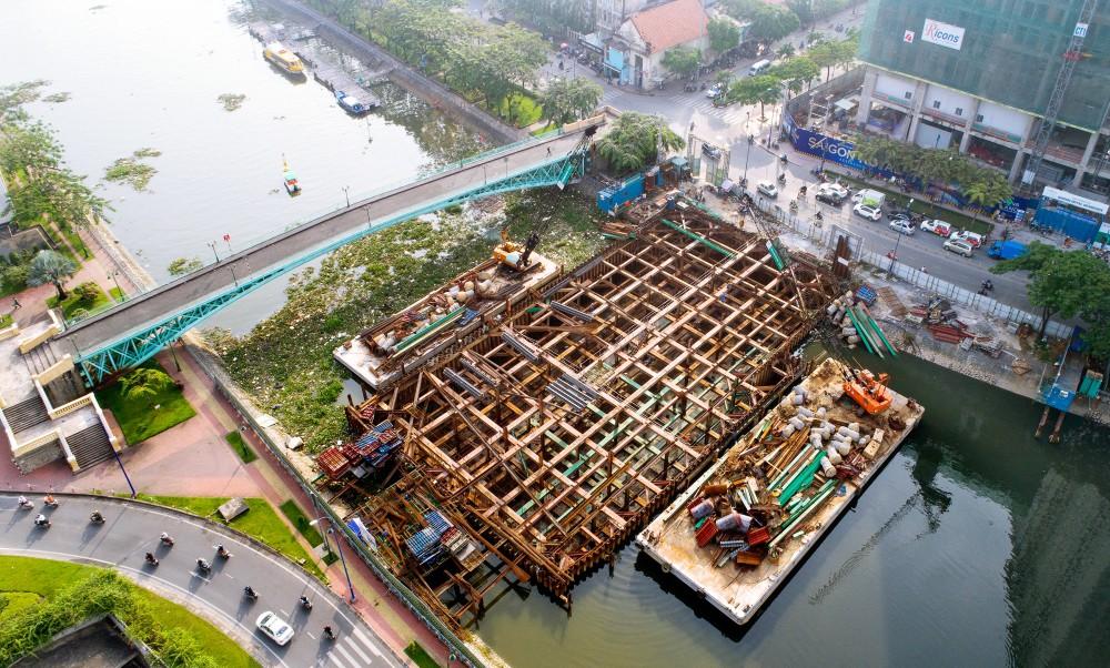 Chùm ảnh: Toàn cảnh sự bất động của loạt công trình chống ngập ở Sài Gòn vì... thiếu vốn, không còn bóng công nhân - Ảnh 2.