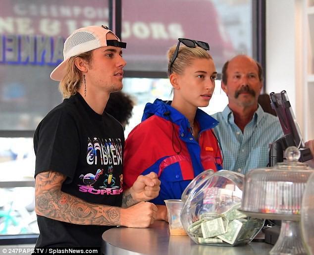 Đây là bằng chứng Justin Bieber và Hailey Baldwin đã bí mật kết hôn? - Ảnh 6.