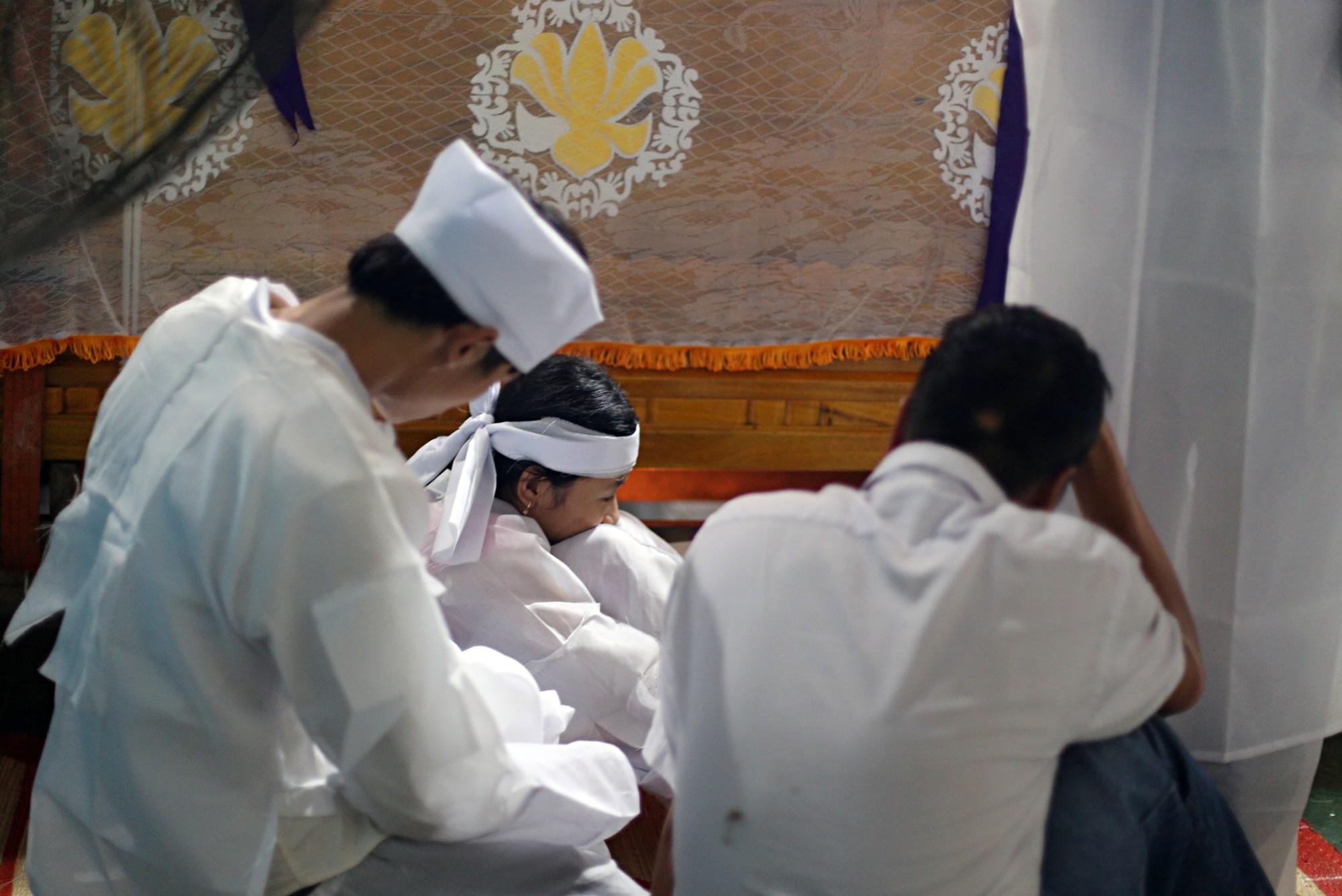 Vụ chú rể và 12 người thân trong đoàn rước dâu tử vong vì tai nạn: Những đứa trẻ bỗng chốc... mồ côi - Ảnh 6.