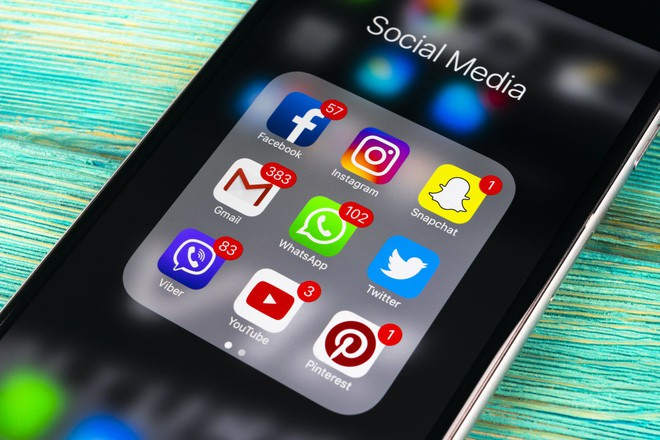 Uganda: Quốc gia đầu tiên trên thế giới yêu cầu người dân trả tiền để sử dụng Facebook - Ảnh 1.