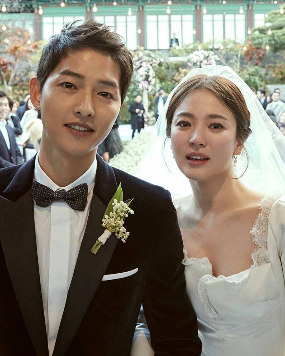 Còn nhớ ngày này năm ngoái, Song Joong Ki và Song Hye Kyo khiến cả châu Á chấn động vì tin tức này! - Ảnh 4.