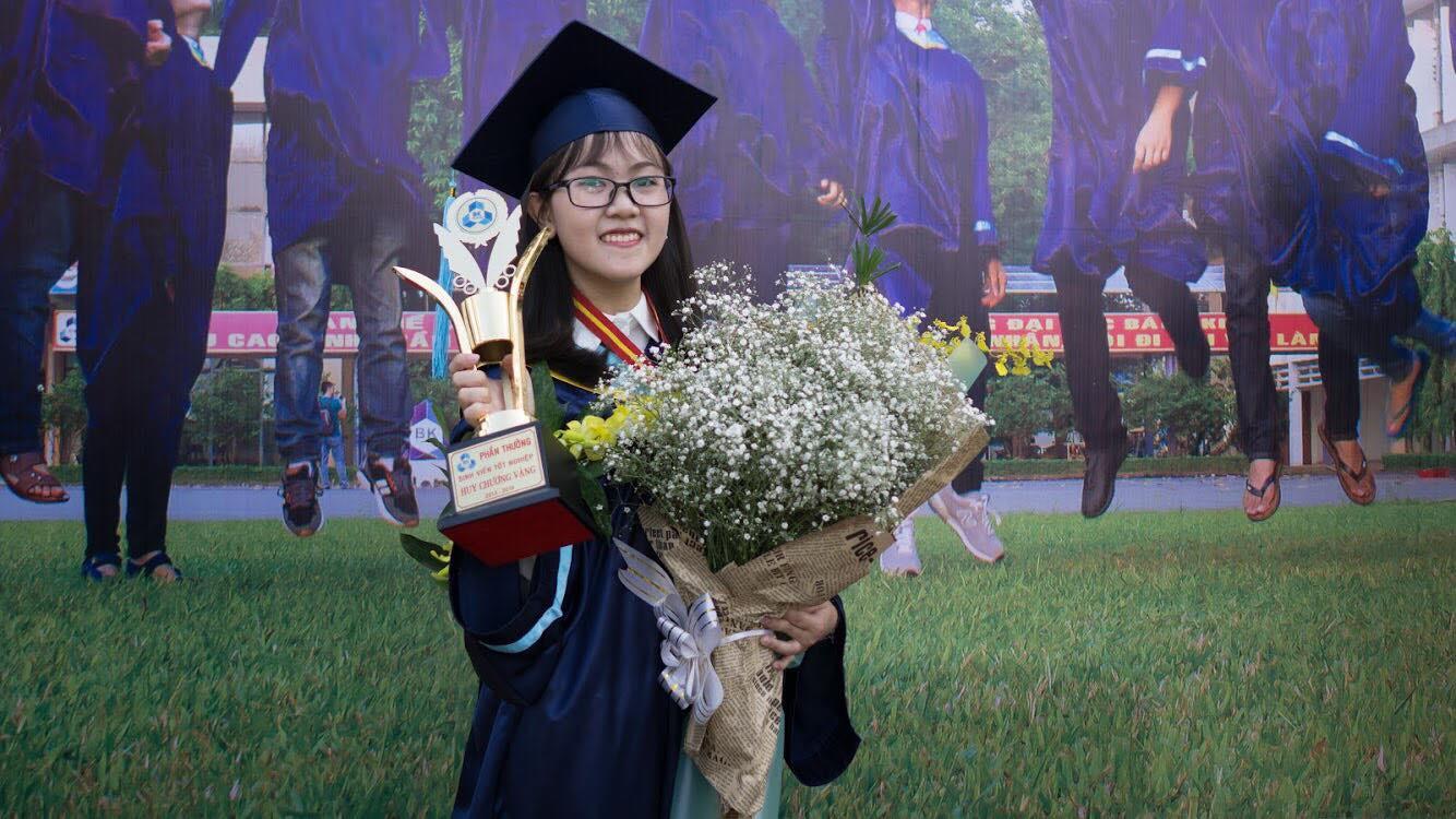 Không phải chàng trai nào cả, cô gái này mới là người tốt nghiệp thủ khoa kỹ sư của Đại học Bách khoa - Ảnh 1.