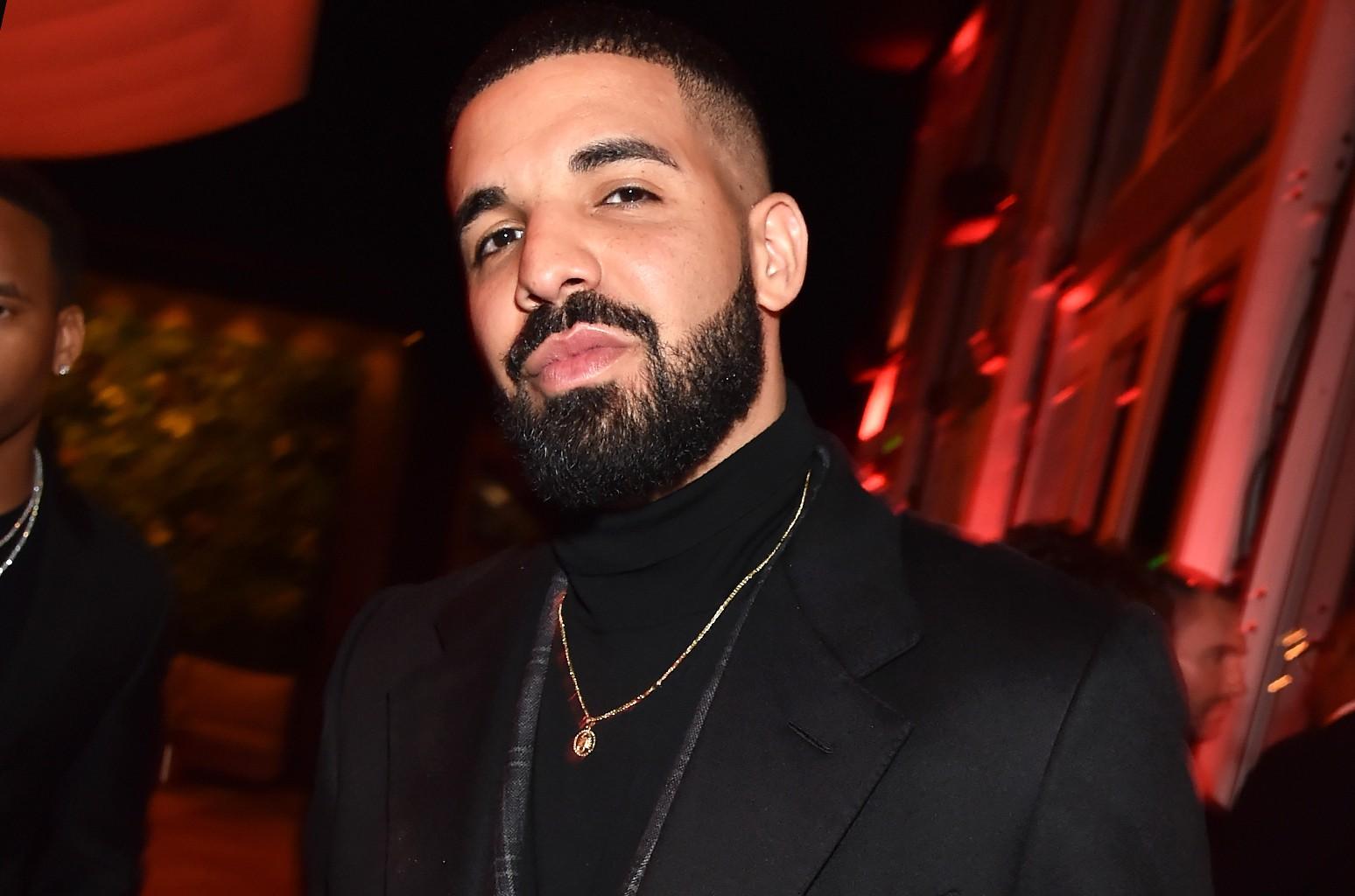 Drake trở thành siêu sao hot nhất nước Mỹ, chỉ trong 3 ngày đã phá kỷ lục streaming! - Ảnh 1.