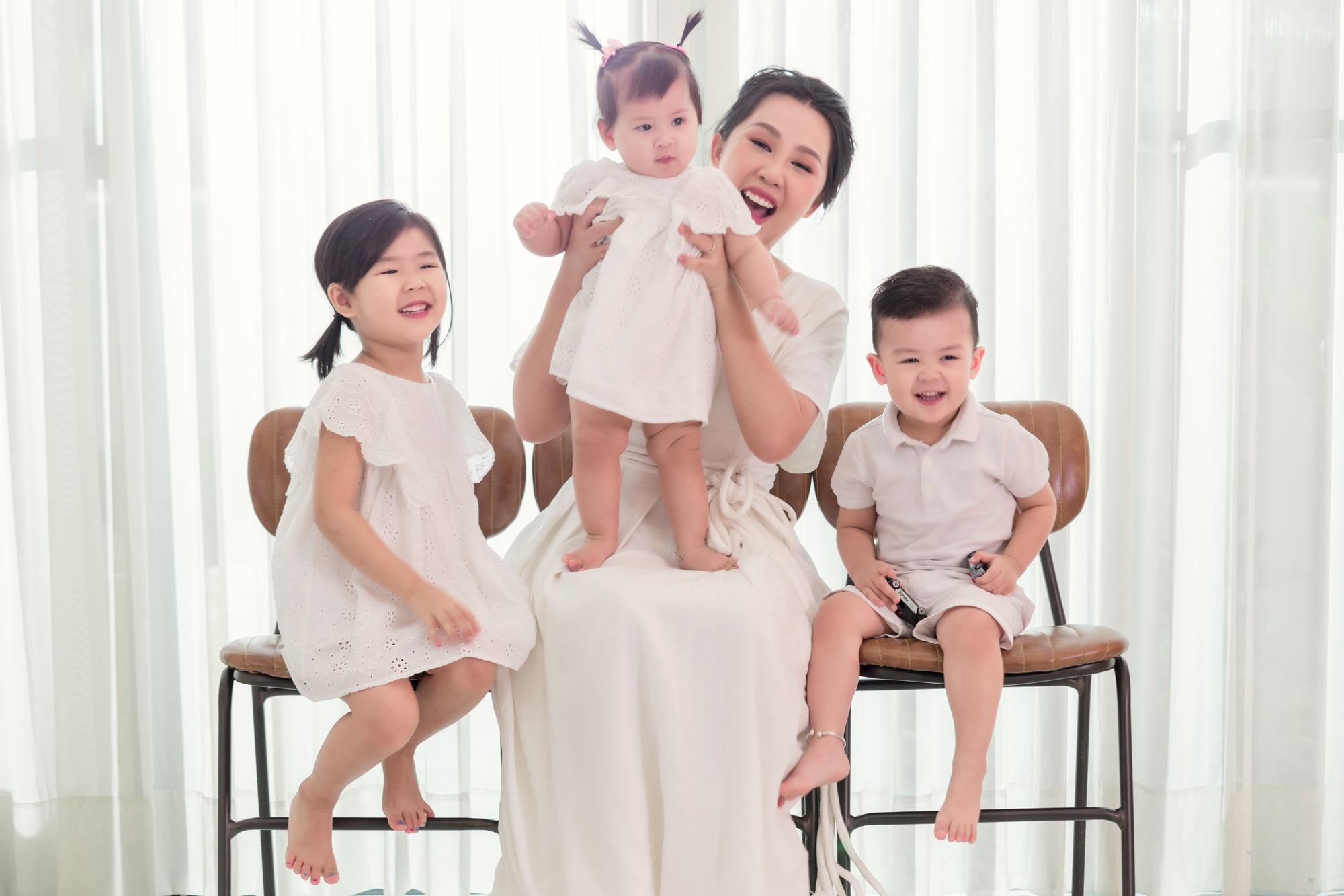 Gào khoe bộ ảnh cưới siêu hạnh phúc cùng chồng và 3 em bé - Ảnh 10.