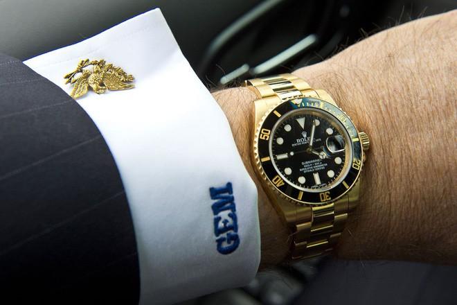 Những sự thật thú vị đằng sau mức giá đắt đỏ của đồng hồ Rolex mà không phải ai cũng biết - Ảnh 1.