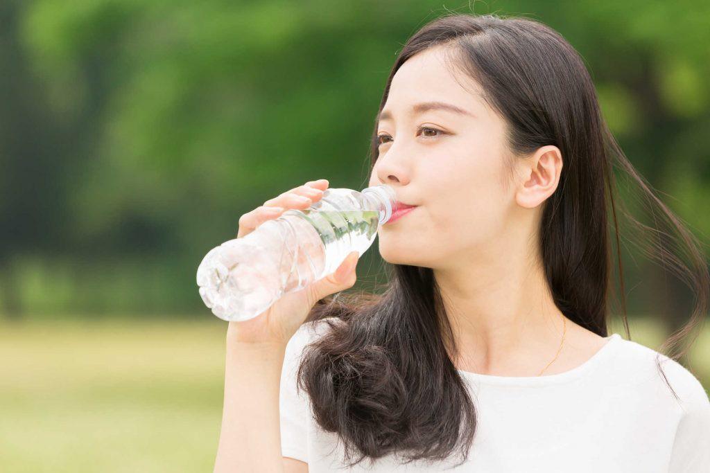 Ngăn ngừa những vấn đề về da nhờ thay đổi các thói quen ăn uống sau - Ảnh 6.