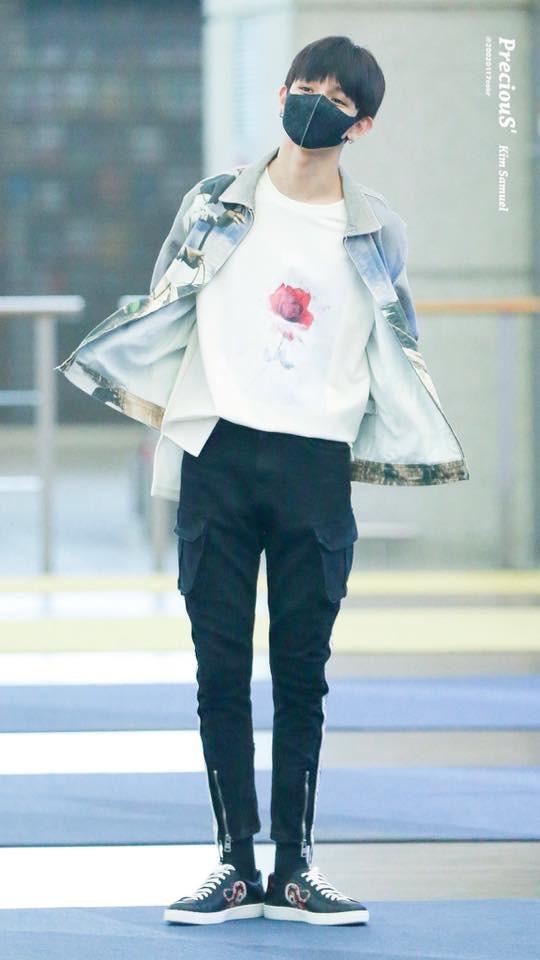 Tài tử Jung Hae In và hoàng tử lai Samuel đổ bộ sân bay Hàn sang Việt Nam, Yoona bất ngờ xuất hiện - Ảnh 3.