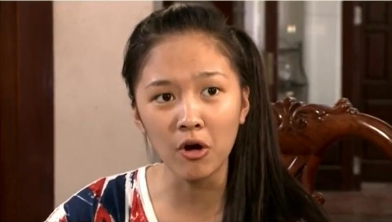 Hot girl Bánh đúc có xương bất ngờ kết hôn ở tuổi 21 - Ảnh 4.