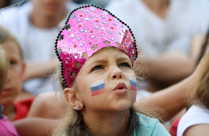Ảnh: Những chiếc mũ Kokoshnik Nga tô điểm khán đài mùa World Cup - Ảnh 20.