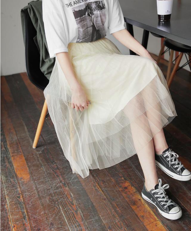 Chân váy dài có kén dáng thế nào thì chỉ cần diện cùng 5 mẫu giày/dép này là đẹp mĩ mãn - Ảnh 10.