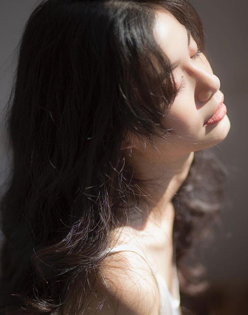 Vi Nguyễn - nàng thơ lookbook mới của Instagram với thần thái miễn chê - Ảnh 1.