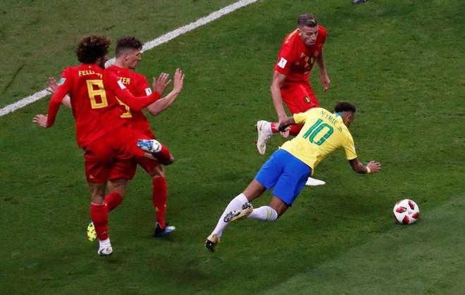 Neymar xăm hình mới, gác lại nỗi buồn World Cup 2018 - Ảnh 1.