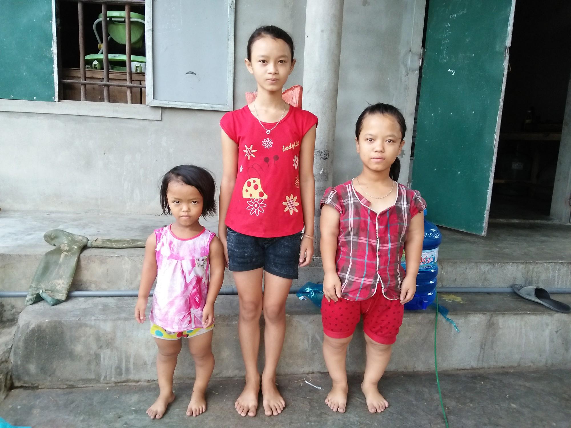 Số phận nghiệt ngã của cô bé bị Down và tim bẩm sinh, 4 tuổi chỉ cao 60cm, nặng 9kg, chưa biết đi, chưa biết nói - Ảnh 4.