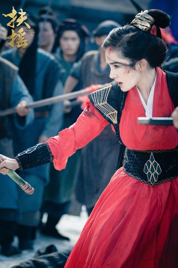 Nguyễn Kinh Thiên vẻ mặt gian xảo đáng yêu khi gặp Dương Mịch trong phim Phù Dao hoàng hậu