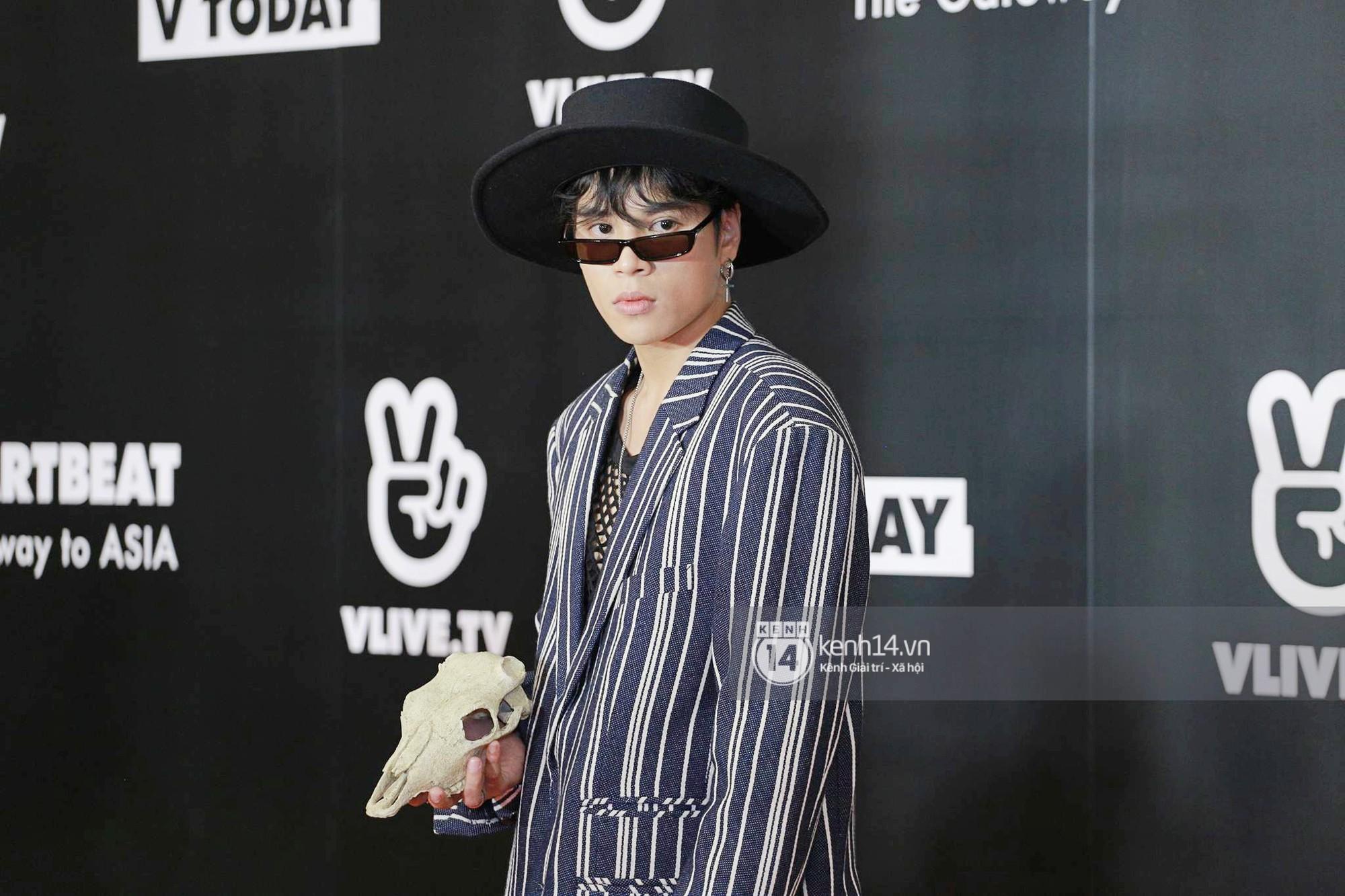 Thảm đỏ đêm nhạc Hàn-Việt: Jung Hae In, WINNER đẹp trai cực phẩm, Chi Pu và Hòa Minzy đọ sắc cùng loạt sao Việt - Ảnh 21.