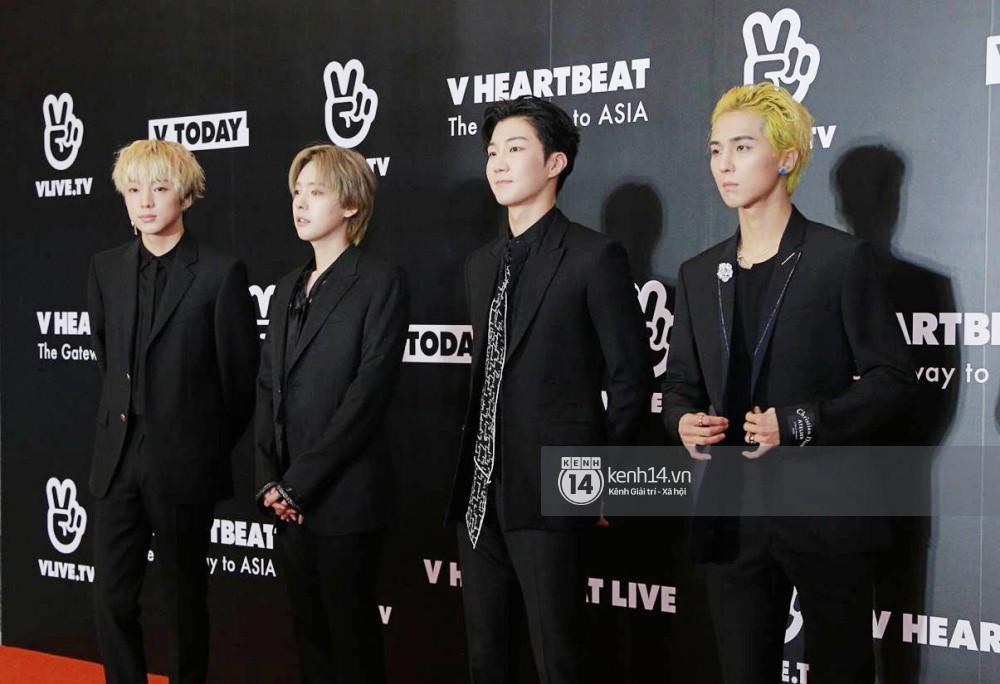 Thảm đỏ đêm nhạc Hàn-Việt: Jung Hae In, WINNER đẹp trai cực phẩm, Chi Pu và Hòa Minzy đọ sắc cùng loạt sao Việt - Ảnh 11.