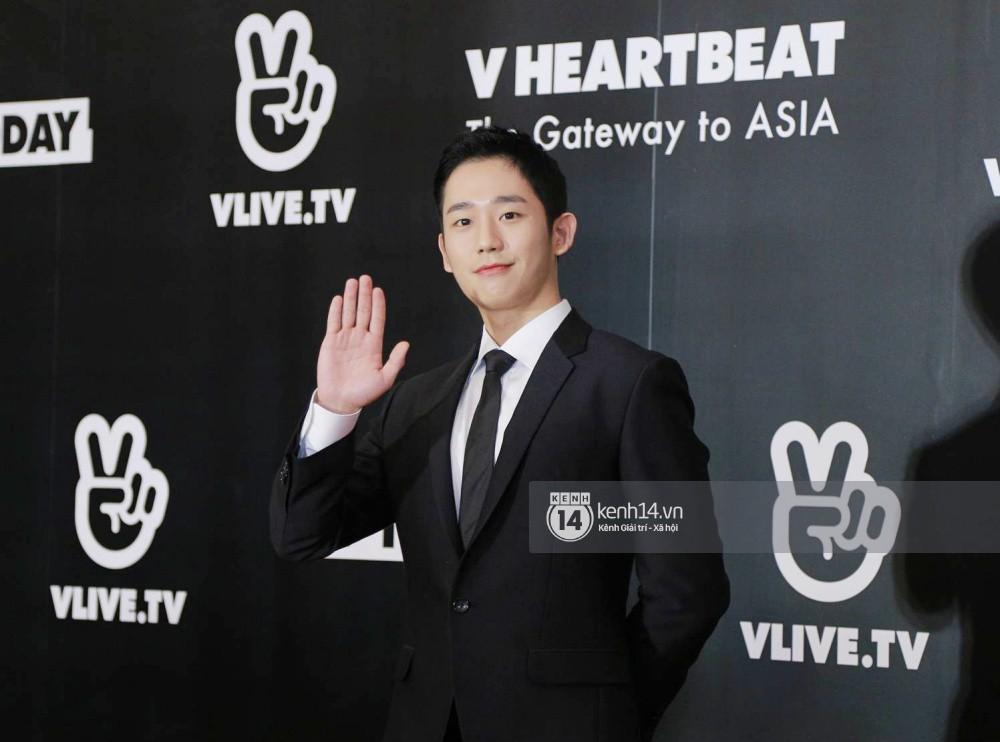 Thảm đỏ đêm nhạc Hàn-Việt: Jung Hae In, WINNER đẹp trai cực phẩm, Chi Pu và Hòa Minzy đọ sắc cùng loạt sao Việt - Ảnh 3.