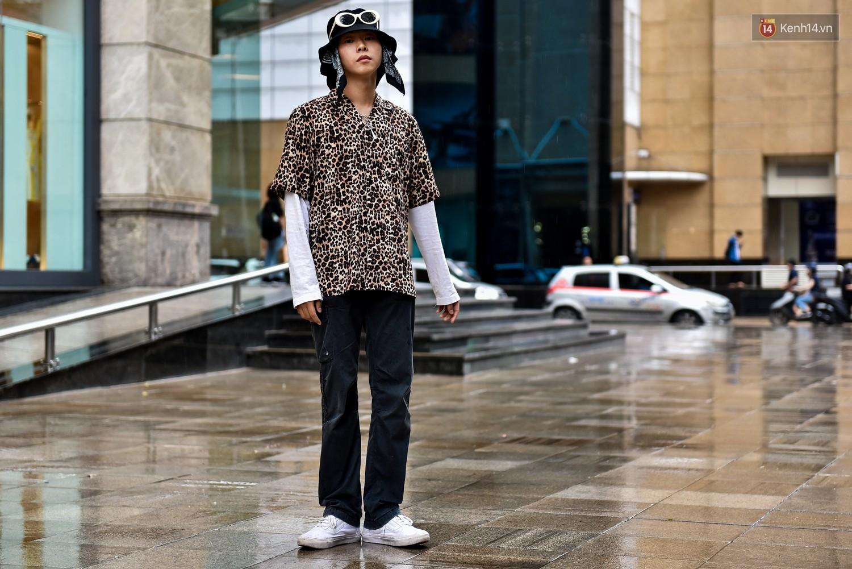 Street style 2 miền: miền Nam vẫn bị ám ảnh với waist bag, miền Bắc điểm danh đủ phong cách đặc sắc - Ảnh 21.