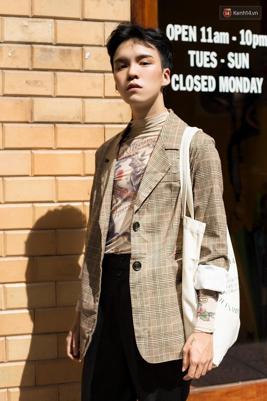 Street style 2 miền: miền Nam vẫn bị ám ảnh với waist bag, miền Bắc điểm danh đủ phong cách đặc sắc - Ảnh 12.