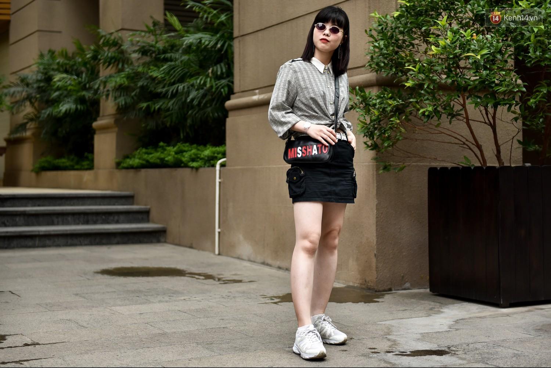 Street style 2 miền: miền Nam vẫn bị ám ảnh với waist bag, miền Bắc điểm danh đủ phong cách đặc sắc - Ảnh 19.