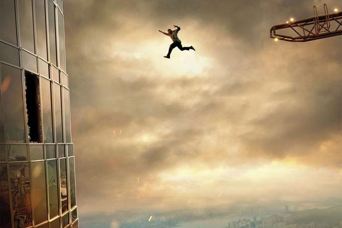 Skyscraper: Phiên bản siêu anh hùng khiếm khuyết thử thách tiền đình khán giả - Ảnh 4.