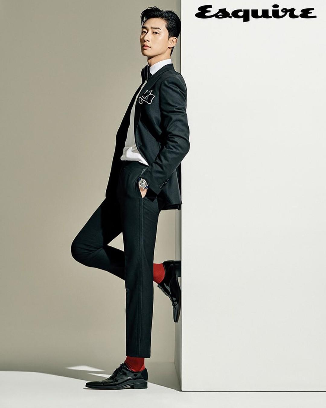 Park Seo Joon - nam thần không chỉ điển trai mà còn mặc đẹp từ phim đến đời thực - Ảnh 21.