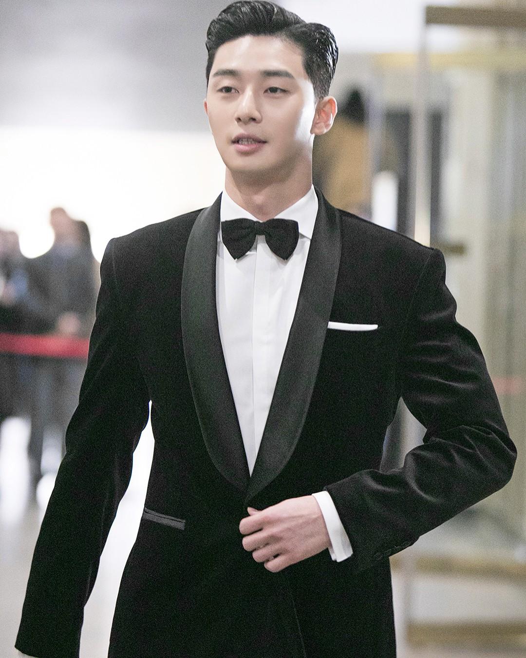 Park Seo Joon - nam thần không chỉ điển trai mà còn mặc đẹp từ phim đến đời thực - Ảnh 5.