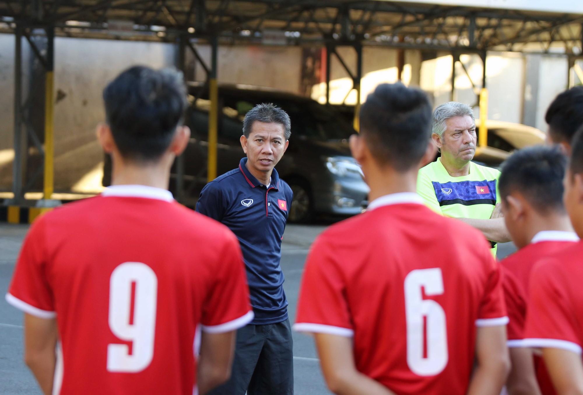 Đội chủ nhà làm khó U19 Việt Nam trước trận đấu quyết định - Ảnh 2.