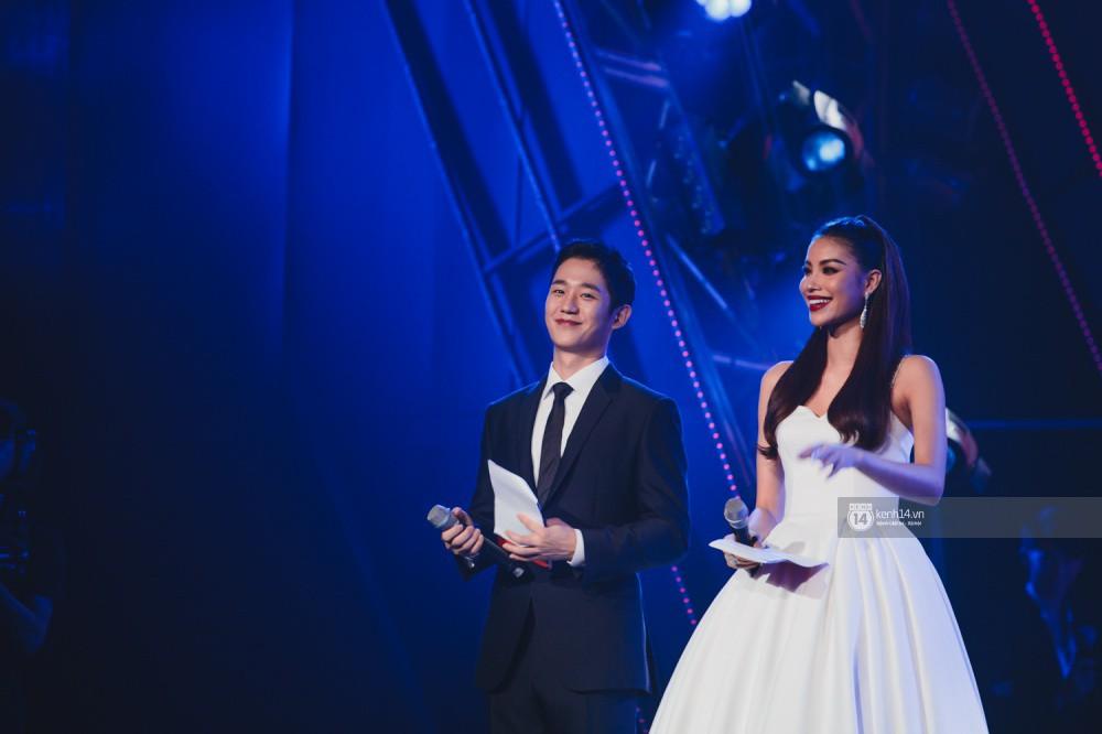 Chùm ảnh đẹp nhất trong show Hàn-Việt: WINNER, Jung Hae In, Noo Phước Thịnh cùng dàn nghệ sĩ Việt để lại chuỗi cảm xúc vỡ òa - Ảnh 3.