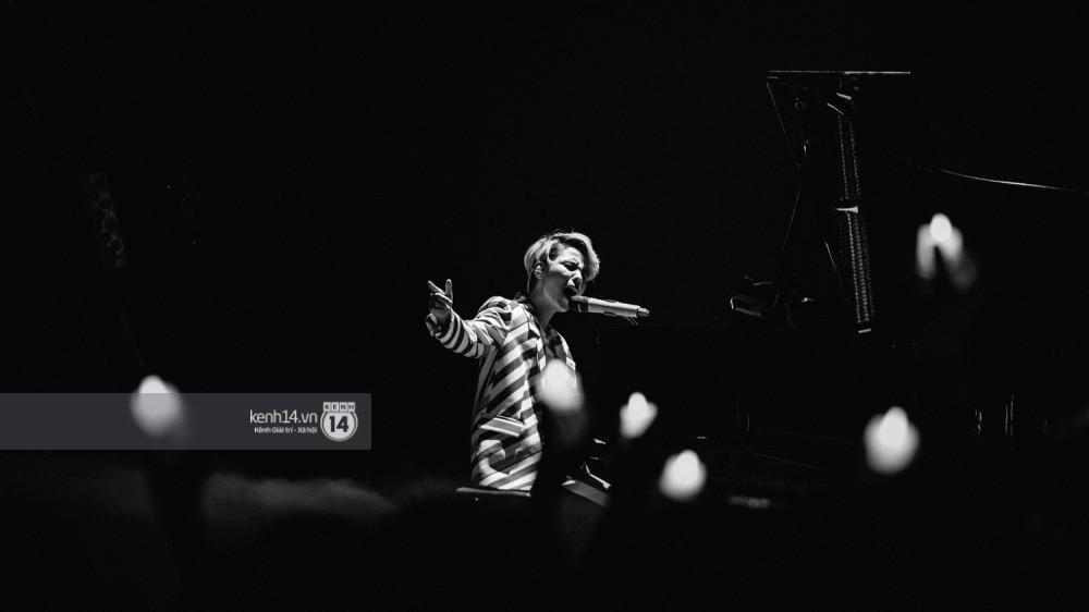 Chùm ảnh đẹp nhất trong show Hàn-Việt: WINNER, Jung Hae In, Noo Phước Thịnh cùng dàn nghệ sĩ Việt để lại chuỗi cảm xúc vỡ òa - Ảnh 22.