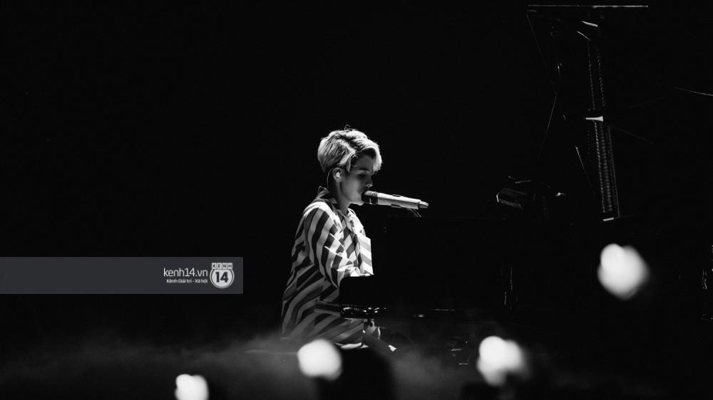 Chùm ảnh đẹp nhất trong show Hàn-Việt: WINNER, Jung Hae In, Noo Phước Thịnh cùng dàn nghệ sĩ Việt để lại chuỗi cảm xúc vỡ òa - Ảnh 23.