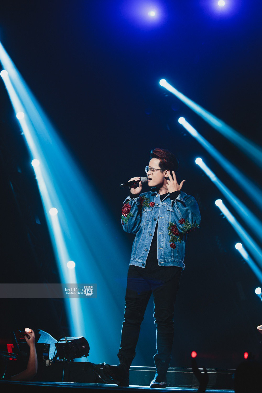Chùm ảnh đẹp nhất trong show Hàn-Việt: WINNER, Jung Hae In, Noo Phước Thịnh cùng dàn nghệ sĩ Việt để lại chuỗi cảm xúc vỡ òa - Ảnh 35.