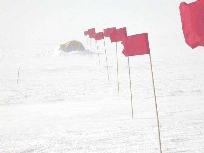 Nơi lạnh nhất thế giới với nhiệt độ xấp xỉ -100 độ C khủng khiếp như thế nào? - Ảnh 2.