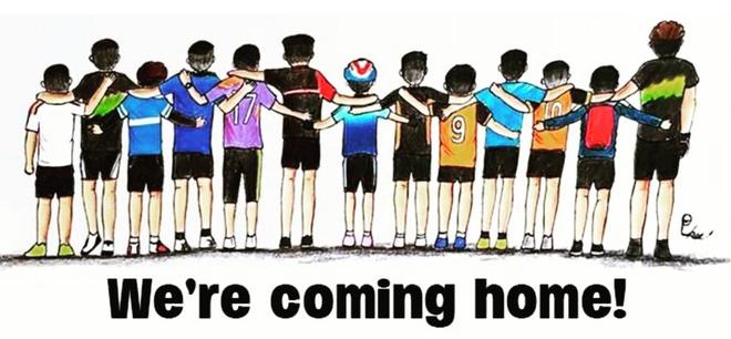 Những bức tranh dễ thương và ý nghĩa của dân mạng về hành trình giải cứu đội bóng Thái mắc kẹt - Ảnh 13.