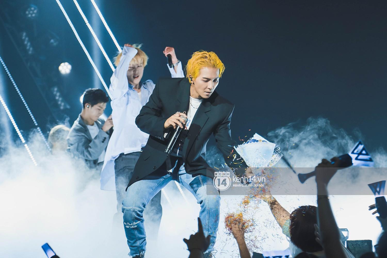 Chùm ảnh đẹp nhất trong show Hàn-Việt: WINNER, Jung Hae In, Noo Phước Thịnh cùng dàn nghệ sĩ Việt để lại chuỗi cảm xúc vỡ òa - Ảnh 40.