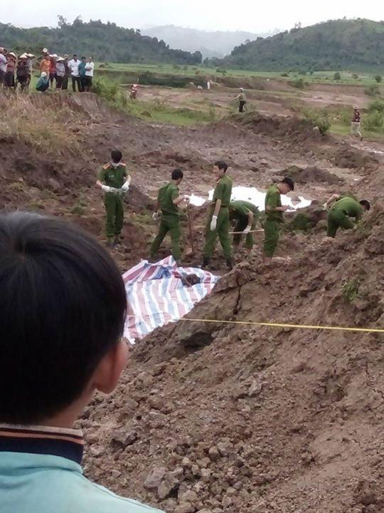 Giết vợ, chôn xác sau vườn 10 năm mới bị phát hiện - Ảnh 2.