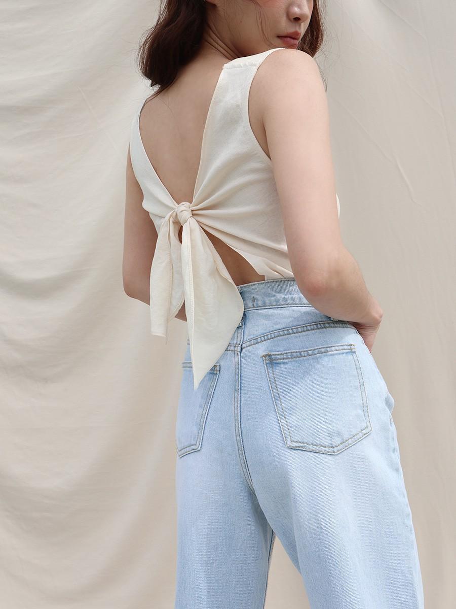 Chỉ với chi tiết dây buộc đơn giản mà có ít nhất 4 kiểu áo trendy, diện lên siêu xinh và tôn dáng - Ảnh 14.