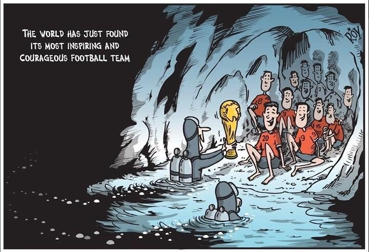 Những bức tranh dễ thương và ý nghĩa của dân mạng về hành trình giải cứu đội bóng Thái mắc kẹt - Ảnh 10.