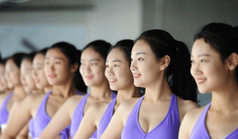Sự khắc nghiệt đến đáng sợ bên trong những ngôi trường Nghệ thuật tại Trung Quốc - Ảnh 3.