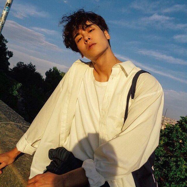 Cao ráo đẹp trai lại còn mặc cool, bảo sao con gái cả Hàn Quốc coi chàng mẫu nam này là tiêu chuẩn trong mơ - Ảnh 9.