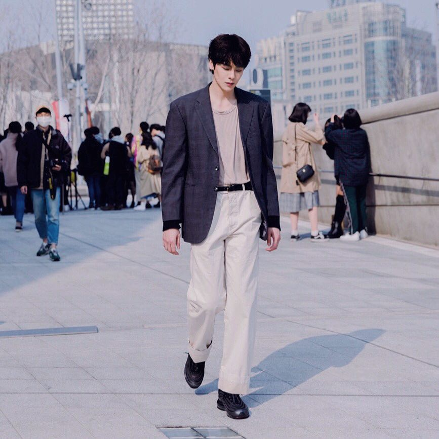 Cao ráo đẹp trai lại còn mặc cool, bảo sao con gái cả Hàn Quốc coi chàng mẫu nam này là tiêu chuẩn trong mơ - Ảnh 10.