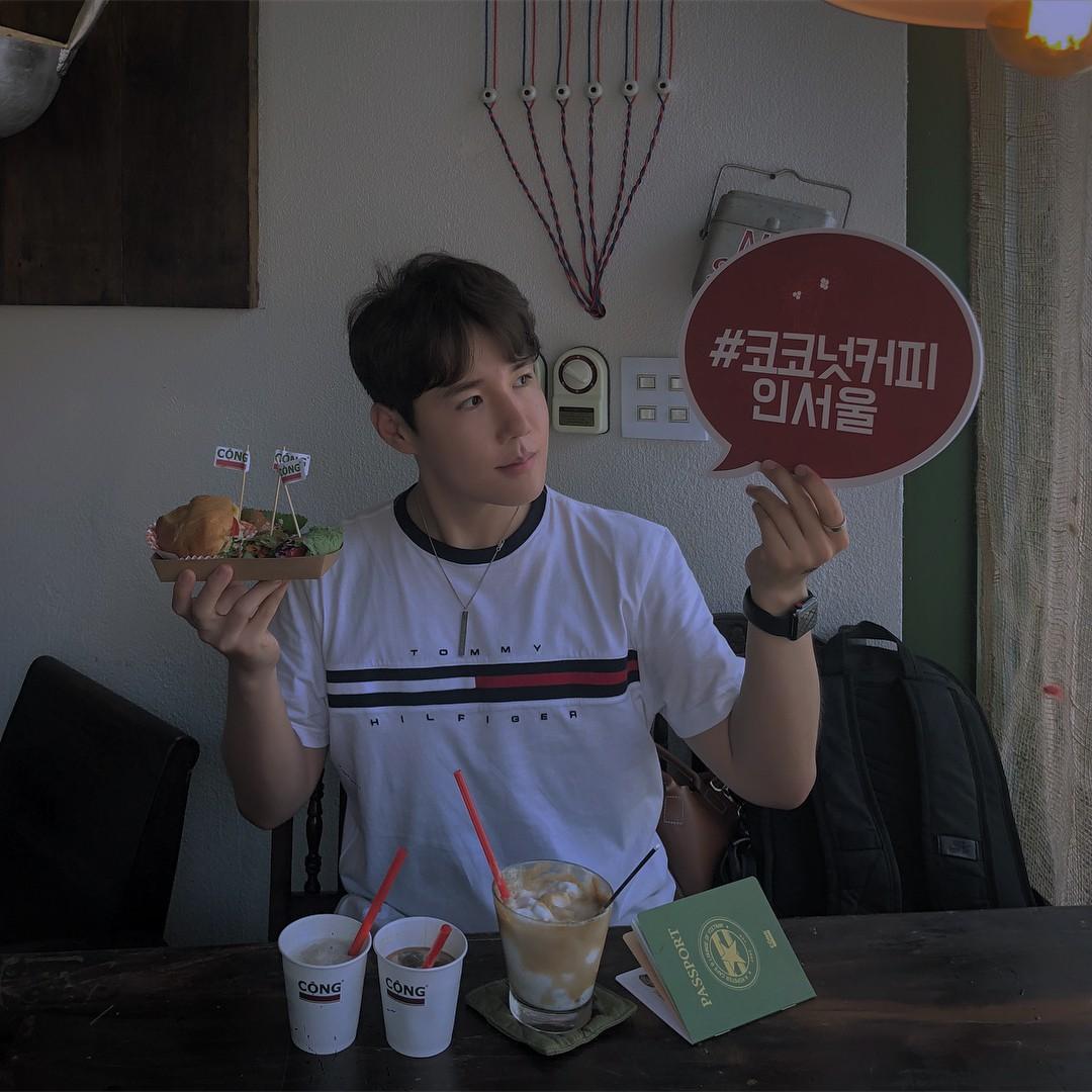 Trai xinh gái đẹp Seoul nô nức check-in tại quán Cộng cà phê đầu tiên ở Hàn Quốc - Ảnh 10.