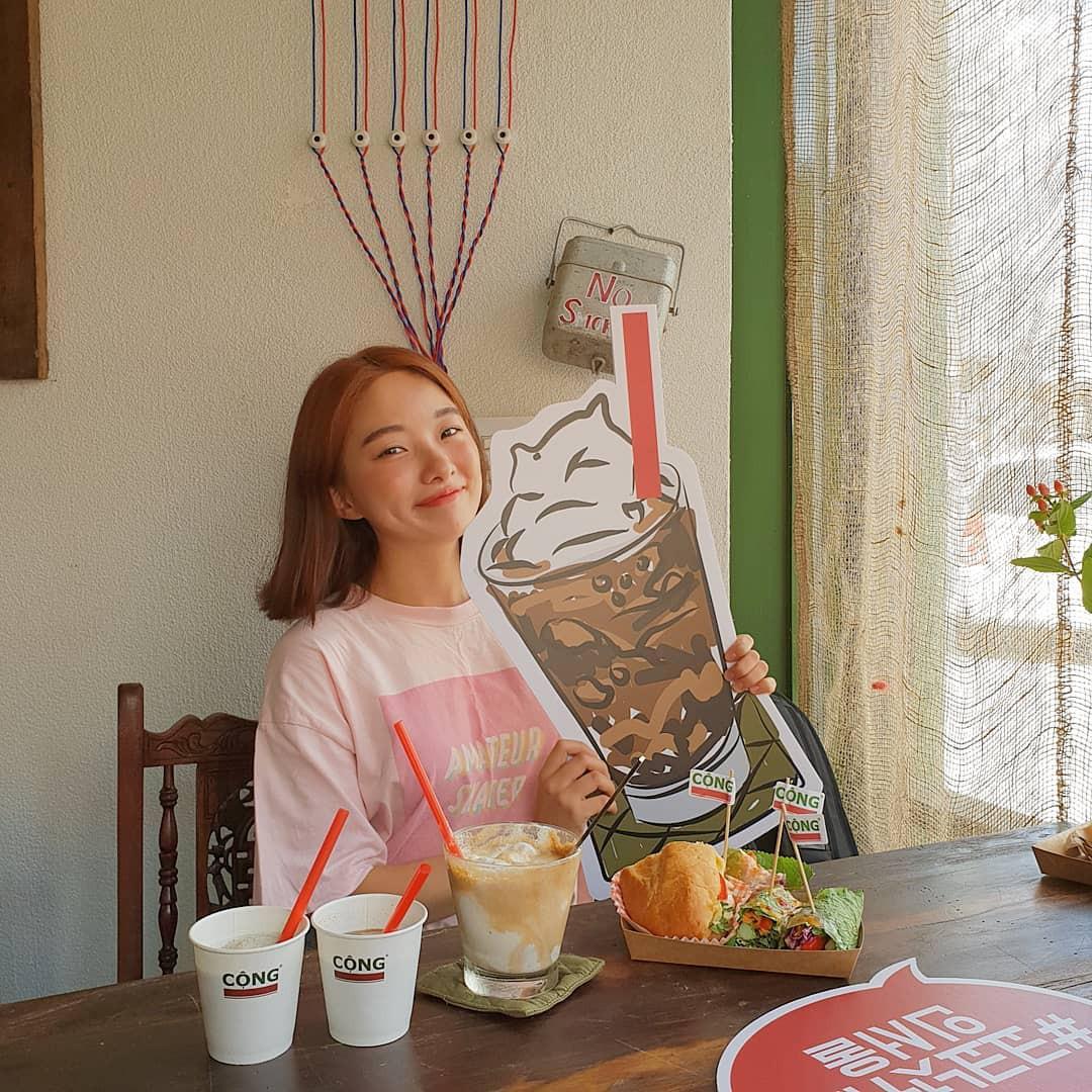 Trai xinh gái đẹp Seoul nô nức check-in tại quán Cộng cà phê đầu tiên ở Hàn Quốc - Ảnh 12.