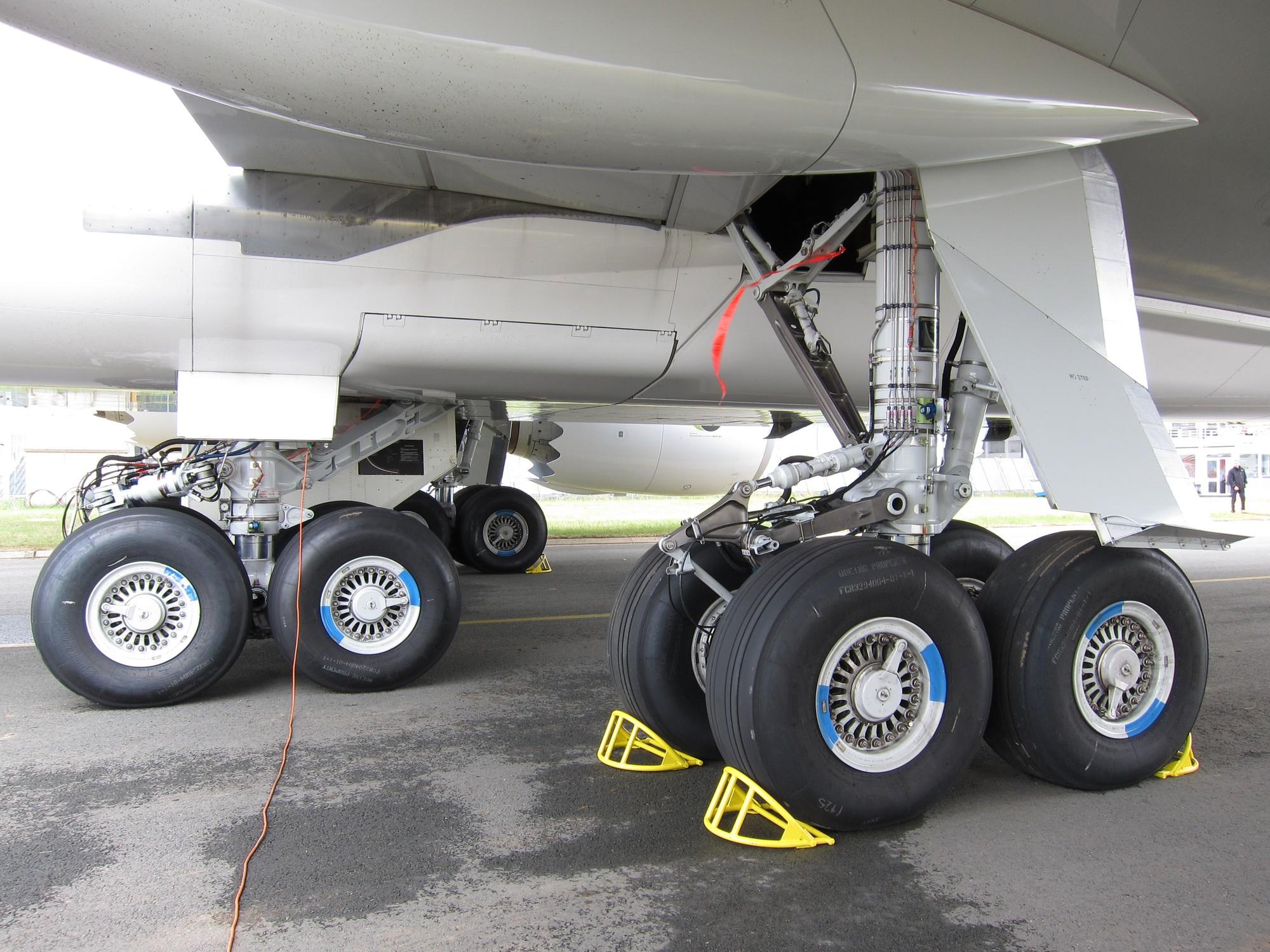 Máy bay không bay theo đường thẳng bao giờ - tưởng dễ mà mấy ai biết được nguyên do - Ảnh 4.