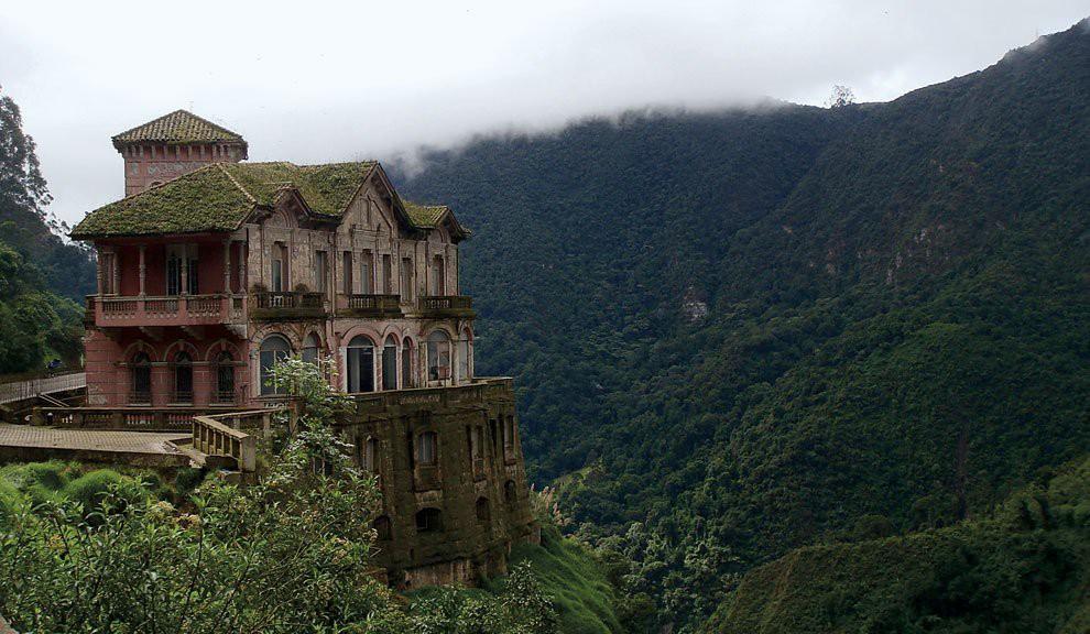 Hotel Del Salto: Khách sạn bỏ hoang từng được giới thượng lưu yêu thích, giờ trở thành địa điểm tự sát vì một truyền thuyết lạ - Ảnh 8.