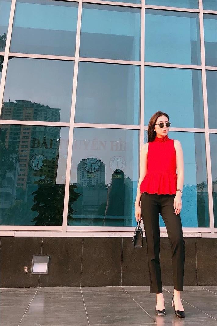 """Không cần xem """"thư ký Kim"""", bạn có thể học ngay cô gái thời tiết Mai Ngọc cách diện đồ công sở đẹp miễn chê - Ảnh 19."""